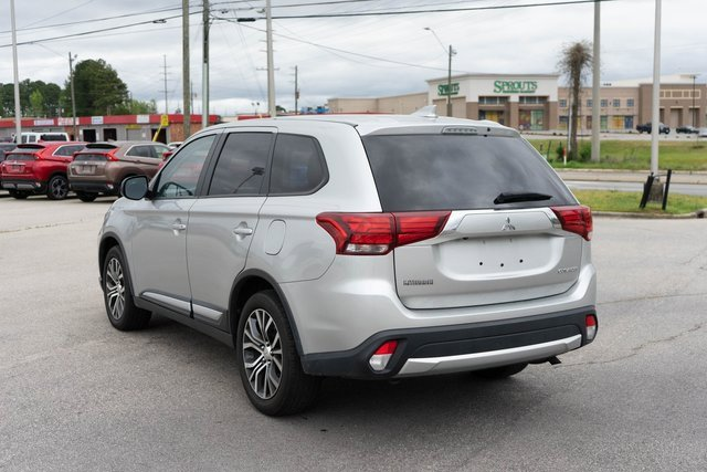 2018 Mitsubishi Outlander ES
