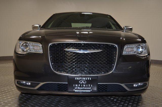 2015 Chrysler 300 300C Platinum 5