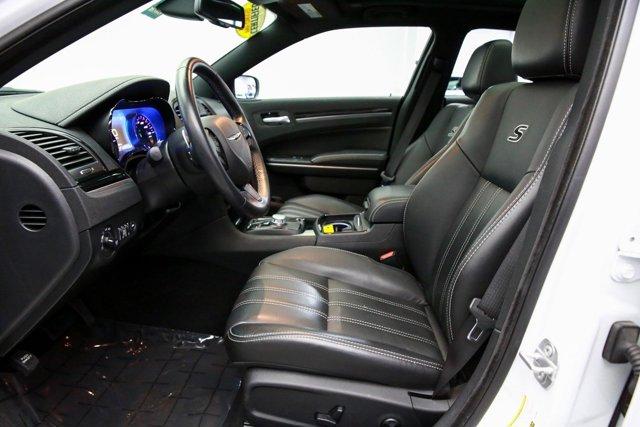 2019 Chrysler 300 for sale 122966 12