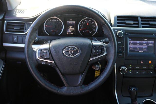 2017 Toyota Camry SE FWD