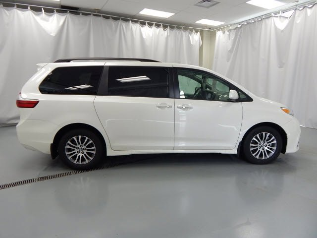 Used 2019 Toyota Sienna in Manchester, TN