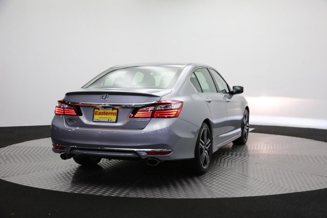 2017 Honda Accord 120341 4