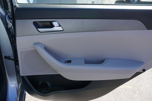 2017 Hyundai Sonata  2.4L PZEV