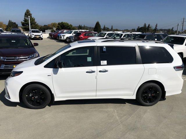2020 Toyota Sienna SE Premium AWD 7-Passenger
