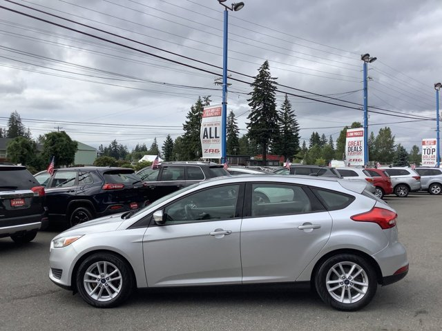 Used 2017 Ford Focus SE Hatch
