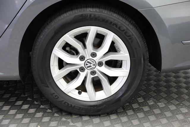 2017 Volkswagen Passat for sale 124425 28