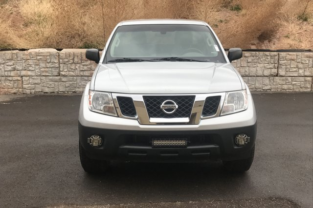 Used 2015 Nissan Frontier 4WD Crew Cab SWB Manual S