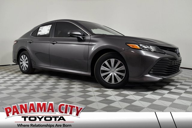 New 2020 Toyota Camry Hybrid in Panama City, FL