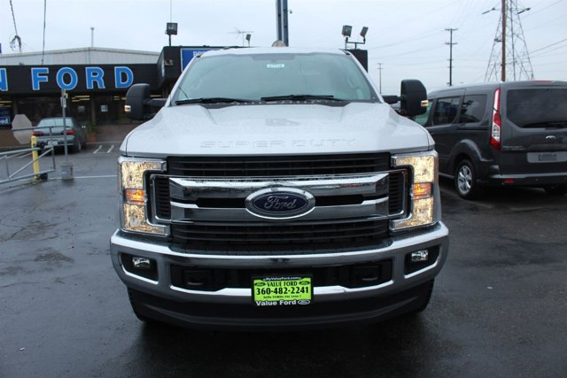 New 2017 Ford Super Duty F-250 SRW XLT 4WD Crew Cab 6.75' Box