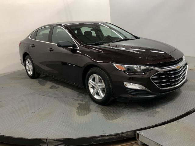 Used 2020 Chevrolet Malibu in Indianapolis, IN