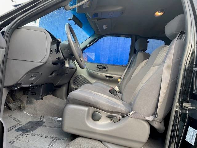 Used 2002 Ford F-150 XLT 4dr SuperCab 4WD Styleside SB