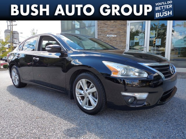 2015 Nissan Altima 2.5 SV 4dr Sdn I4 2.5 SV Regular Unleaded I-4 2.5 L/152 [1]