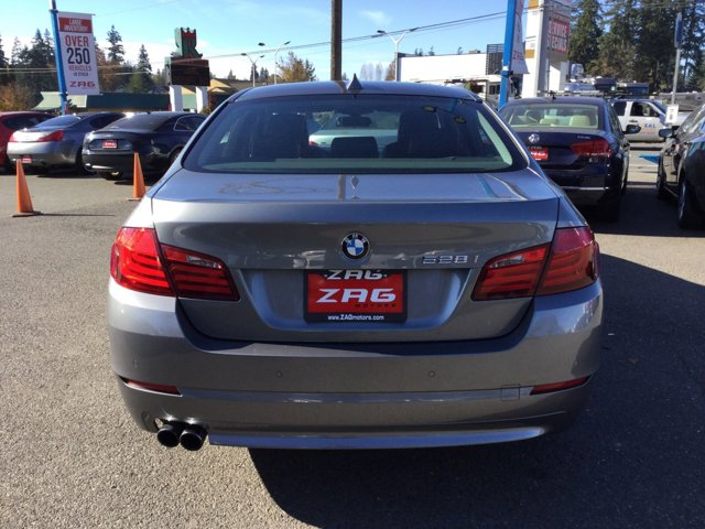 Used 2012 BMW 5 Series 4dr Sdn 528i xDrive AWD