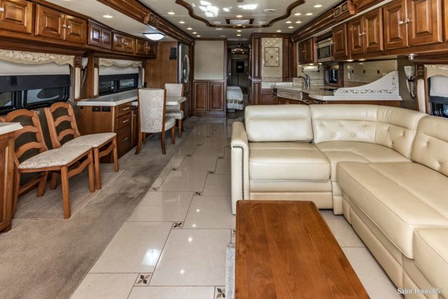 Used 2013 TIFFIN ALLEGRO in St. Louis, MO