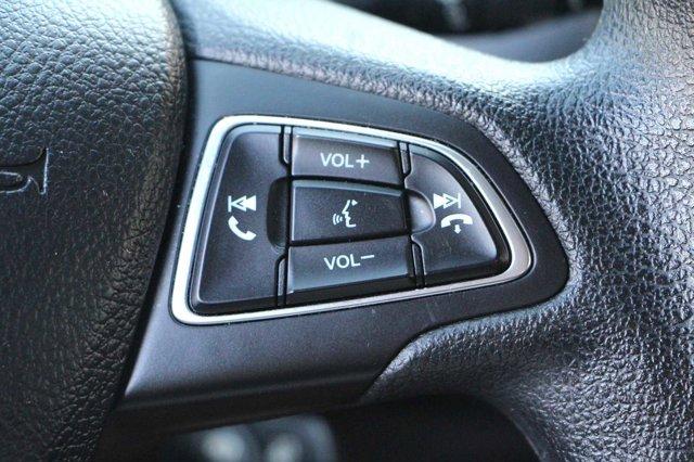 2018 Ford Focus SE 27