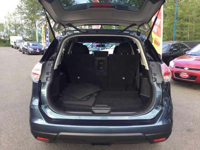 Used 2014 Nissan Rogue FWD 4dr S