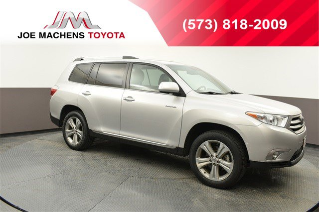 Used 2012 Toyota Highlander in Columbia, MO