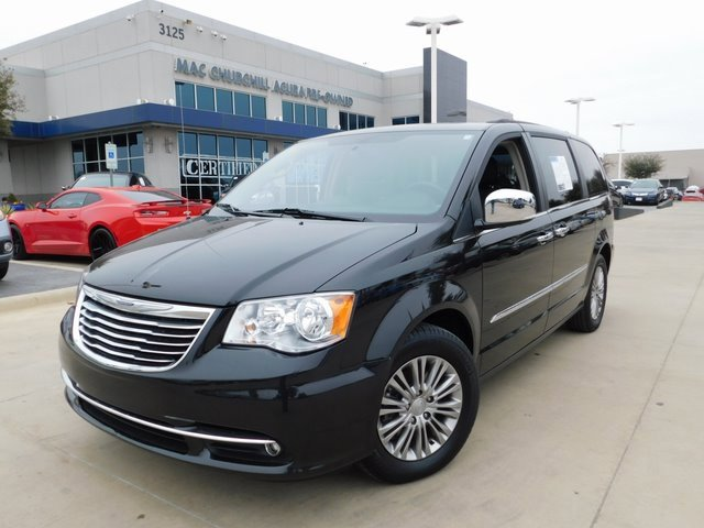 Used 2016 Chrysler Town & Country in , TX