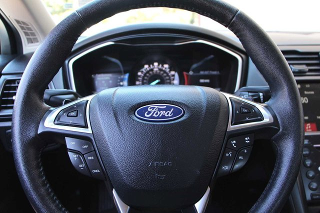 2018 Ford Fusion  26
