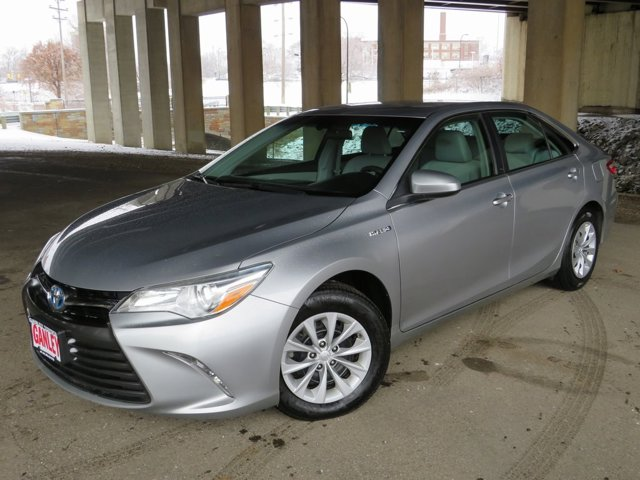 Used 2015 Toyota Camry Hybrid in Akron, OH