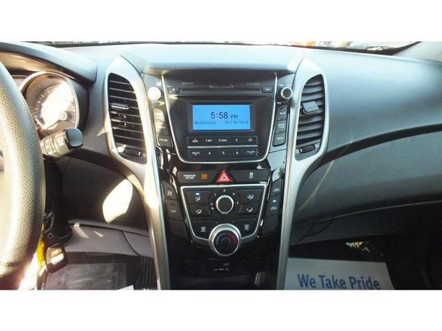 2017 Hyundai Elantra GT HATCHBACK  4DR FWD