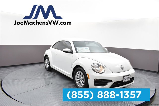 New 2019 Volkswagen Beetle in Columbia, MO