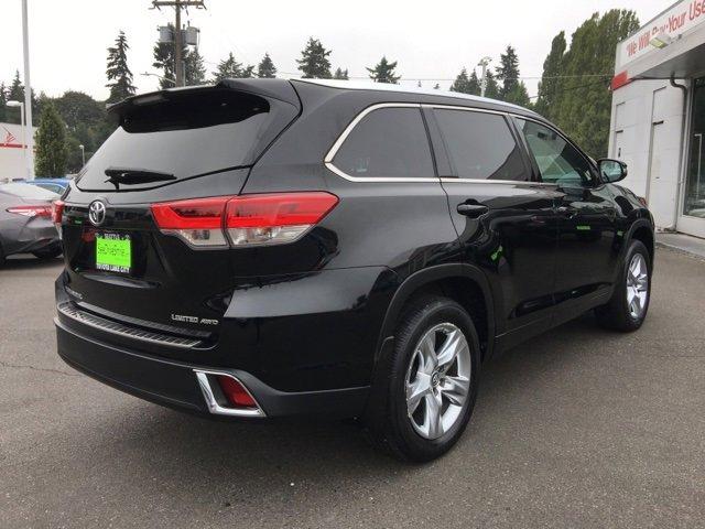 Used 2017 Toyota Highlander Limited V6 AWD