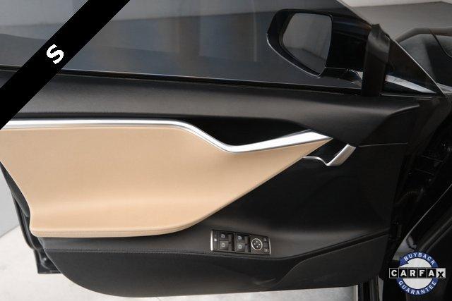 2013 Tesla Model S  16