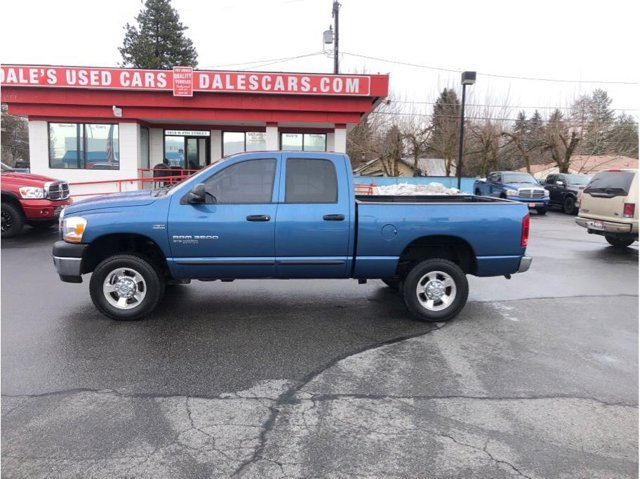 Used 2006 Dodge Ram Pickup 2500 very clean truck ready to pull