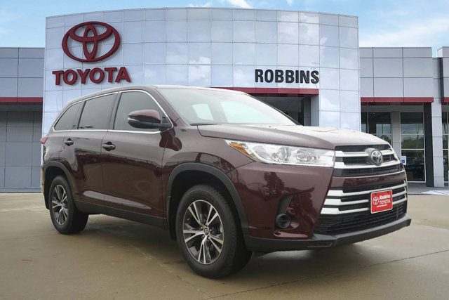 Used 2019 Toyota Highlander in Nash, TX