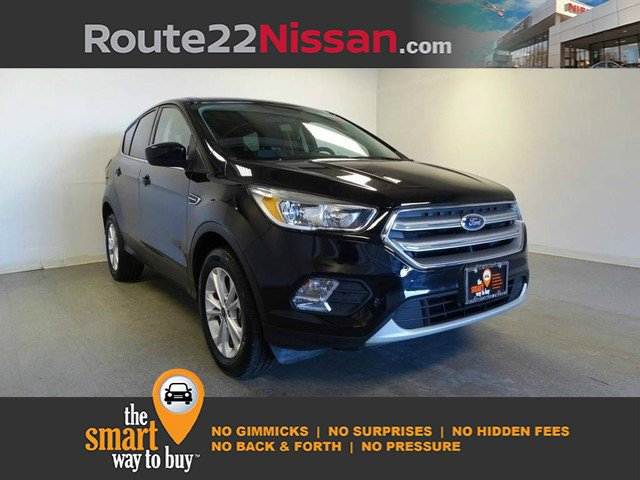 2017 Ford Escape SE SE 4WD Intercooled Turbo Regular Unleaded I-4 1.5 L/91 [1]