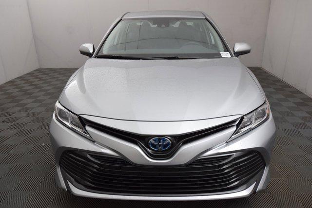 New 2020 Toyota Camry Hybrid LE CVT