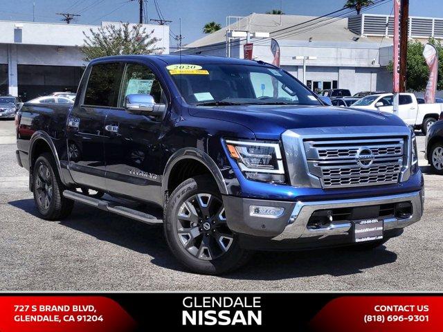 2020 Nissan Titan Platinum Reserve 4x4 Crew Cab Platinum Reserve Premium Unleaded V-8 5.6 L/339 [9]