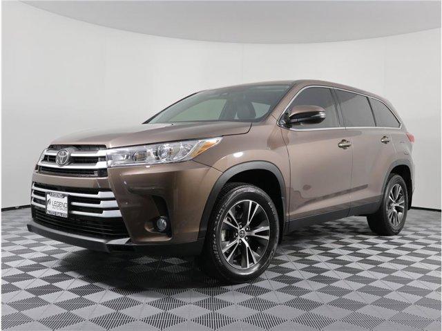 2019 Toyota Highlander LE Plus Sport Utility 4D