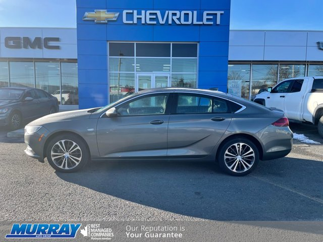 2019 Buick Regal Sportback Preferred II 4dr Sdn Preferred II FWD Turbocharged Gas I4 2.0L/122 [3]