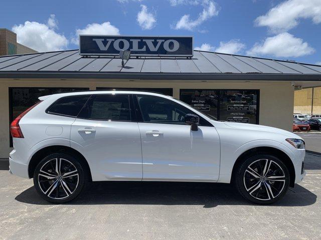 2021 Volvo XC60 R-Design