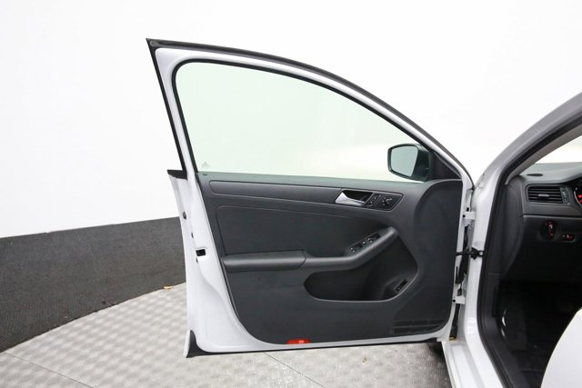2016 Volkswagen Jetta for sale 120936 13