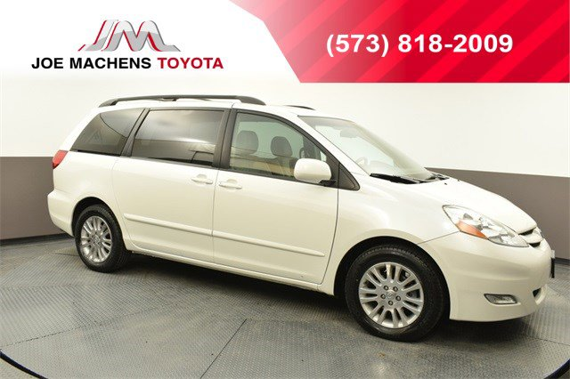 Used 2009 Toyota Sienna in Columbia, MO