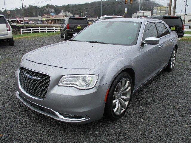 Used 2018 Chrysler 300 in Fort Payne, AL