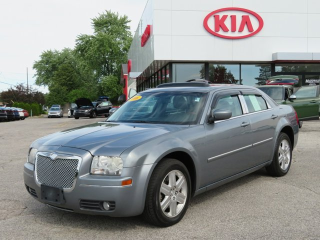 2006 Chrysler 300 Touring High Output Traction Control Traction Control Stability Control All W