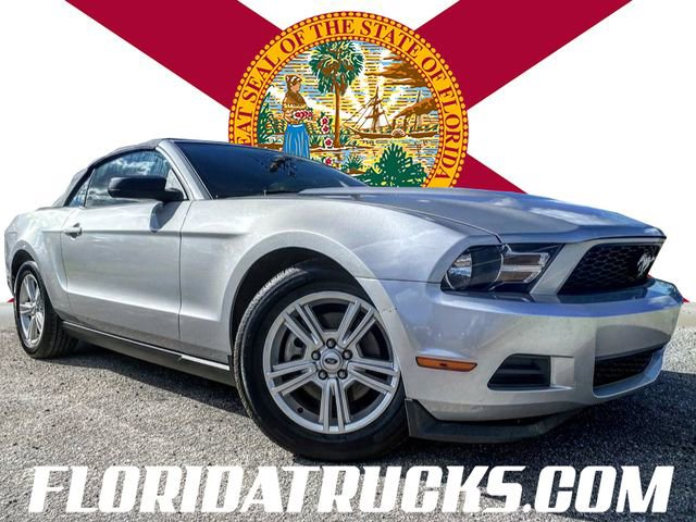 2012 Ford Mustang Premium Convertible 2D  3.7L V6 [11]