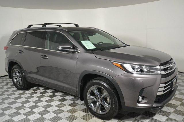 Used 2017 Toyota Highlander in Lynnwood, WA
