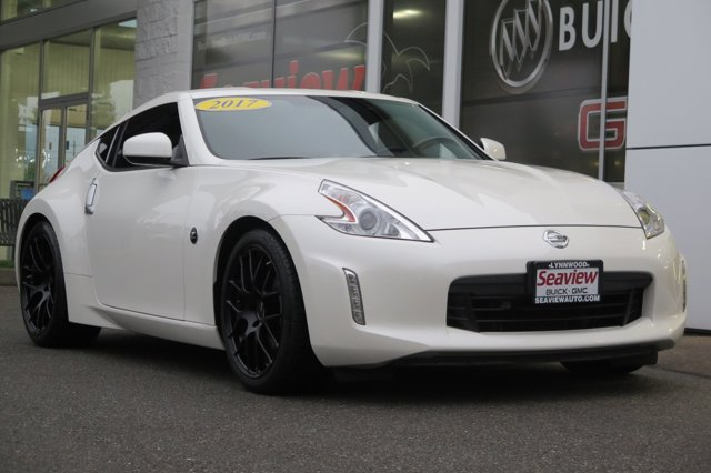 2017 Nissan 370Z Coupe Sport Manual