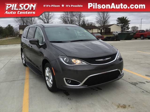 New 2020 Chrysler Pacifica in Mattoon, IL