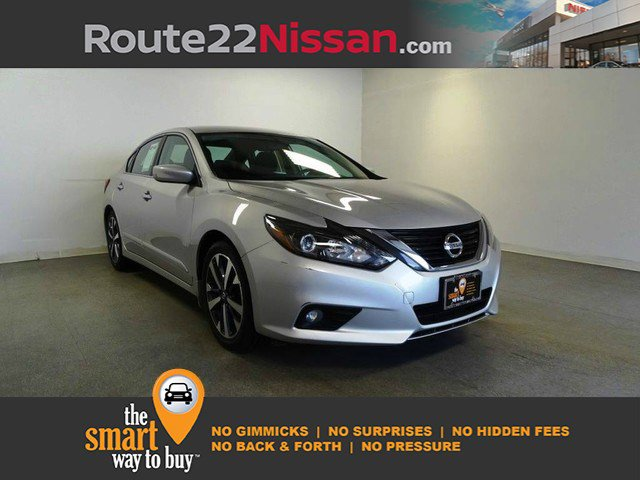 2017 Nissan Altima 2.5 SR 2.5 SR Sedan Regular Unleaded I-4 2.5 L/152 [11]
