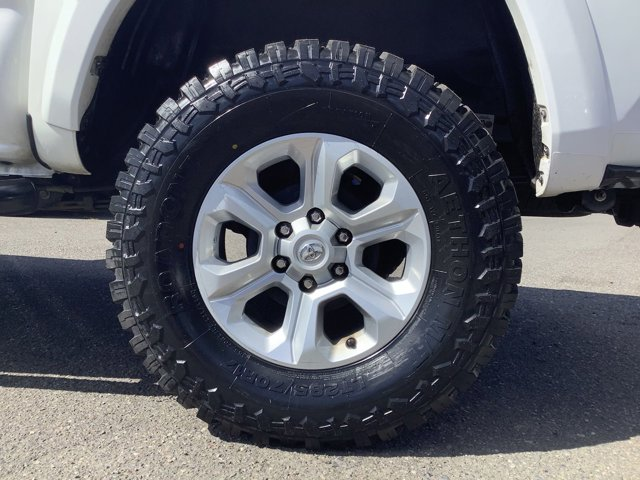 2019 Toyota Tacoma 4WD SR5 Double Cab 5' Bed V6 AT