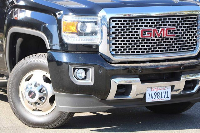 Used 2015 GMC Sierra 3500HD available WiFi 4WD Crew Cab 167.7 Denali