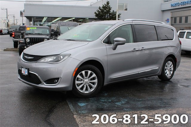 Used 2018 Chrysler Pacifica in Seattle, WA