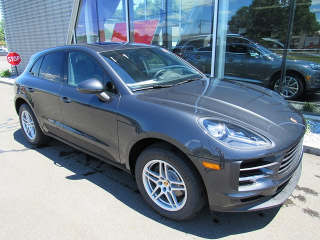 2019 Porsche Macan  PREMIUM PACKAGE PLUS  -inc Automatically Dimming Exterior Mirrors  Automatical