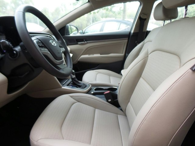 New 2017 Hyundai Elantra Limited 2.0L Auto PZEV (Ulsan)